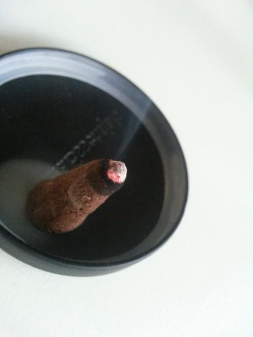 Håndlavet røgelse