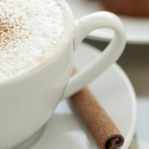 duftlys med græskar og kaffe